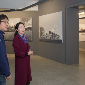 "09 Wang Xiaolin Dean of the Academic Affairs Office and other honored guests visited the exhibition 290x290 - Focusing on the New Proposition for the Urban and Country Architecture – ""Meta-Field: Cultural Research of the Urban and Country Architectural Design"""