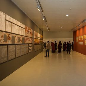 "24 Exhibition view of the CAFA Mural Painting Department Instructors' Exhibition 290x290 - ""Pictured Walls"" for ""Working Hard for Prosperity"": Collective Creation of the Department of Mural Painting, CAFA"
