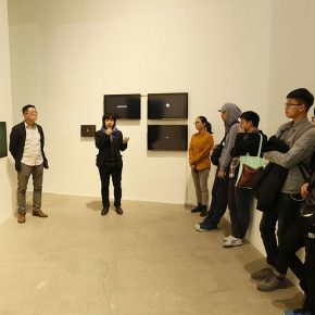 04 The curator Liu Tian delivered a speech