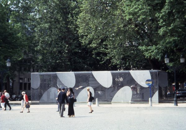 Brugge Pavilion (2000-2002), copyright reserved by Artist