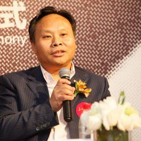 01 Wang Xingzui, a founder of Wang Shikuo Foundation and Vice President of China Foundation for Poverty Alleviation