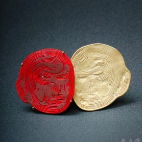 16 Red face and Double 290x290 - Swiss Jewelry Artist Esther Brinkmann: Lost and Re-sought in the Cultural Jungle