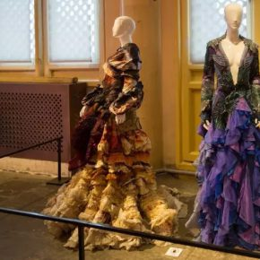 23 MARK CHEUNG Silk Road No.1 Silk Road No.2 290x290 - The Silk Road and Celestial Clothes: Fashion Art – Involved in Artistic Creation