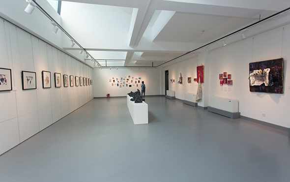 """00 Exhibition view of """"Lonely Planet"""""""