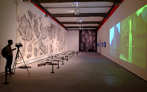 00 featured image of Exhibition View of The Exhibition for the Annual of Contemporary Art of China 2016