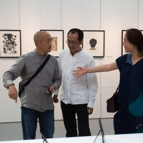 02 From the left to the right Wang Huaxiang Dean of the School of Printmaking CAFA Qiu Zhijie Dean of the School of Experimental Art CAFA Zhang Yanzi Editor in Chief of CAFA ART INFO 290x290 - The First Exhibition of CAI Young Artist Laboratory: Self – Awareness and Artistic Expression