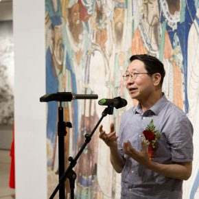 02 Yin Ji'nan Dean of the School of Humanities CAFA and a critic 290x290 - The Way of Further Education: CAFA 2017 Graduation Exhibition of Outstanding Works by Trainees Opened