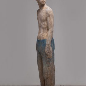 06 Wang Mingze, Unintentionally Waiting and Seeing, 40 x 47 x 192 cm, camphor wood