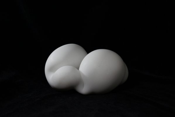 Song Hongquan, Cloud 014, 2016; White Marble, 14x23x21cm