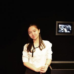 01 Zhang Yizhi, the master graduate at CAFA's School of Design