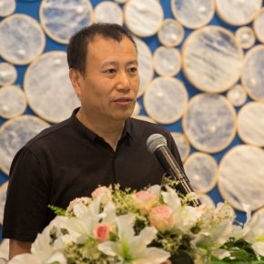 04 Liu Qinghe participating artist and Deputy Dean of the School of Chinese Painting CAFA delivered a speech 290x290 - Path of Reincarnation: Contemporary Interpretation of Oriental Silk Culture