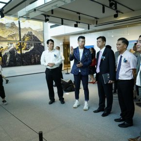 """07 Teacher Tang Yin introduced the work 290x290 - 2017 Lecong Arts & Culture Season """"New Face of the Academy"""" – CAFA Young Artists Academic Invitation Exhibition and Collection Exhibition"""