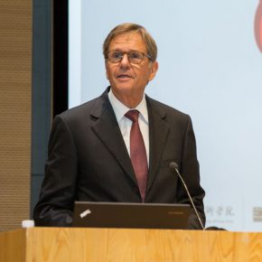 06 Prof. Dr. Jochem Heizmann, Member of the Board of Management of Volkswagen Aktiengesellschaft and President and CEO of Volkswagen Group China