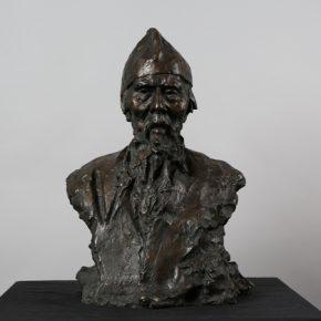 Сергей Иванович Селиханов Qi Baishi 1957 Sculpture 63x43x24cm 290x290 - NAMOC presents Sculpture Exhibition of Сергей Иванович Селиханов and Константин Селиханов
