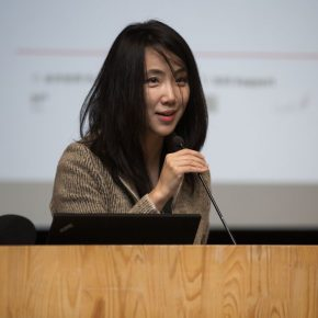 01 Liu Li Anna the president of CCAA moderated the press conference 290x290 - The Role, Context and Audience of Art Critic: Ten Years of the CCAA Chinese Contemporary Art Award