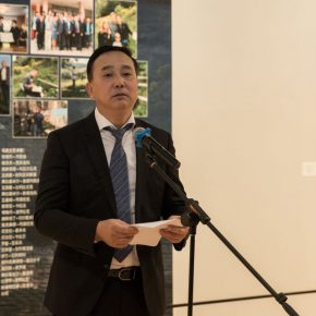 05 Gu Ping'an Party Secretary and Chairman of China Power Media Group delivered a speech at the opening ceremony 290x290 - The Meeting of Dniepe: A Show and Interaction between Contemporary Art from China and Ukraine