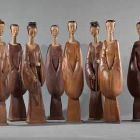 17 Tian Shixin, Han Girls (a group of four women) (also known as the Autumn Moon over The Han Palace), wood, lacquer, copper, 32 × 27 × H120–125 cm each piece, 1999