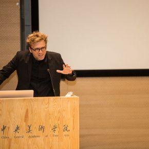 "02 The speaker Arne De Boever 290x290 - Arne De Boever: ""Automatic Art, Automated Trading"""