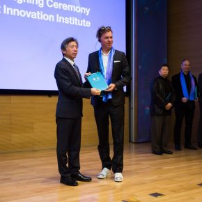 11 Fan Di'an President of CAFA presented a letter of appointment for the distinguished expert of the CAFA Visual Art Innovation Institute 1 290x290 - EAST–International Conference on Education, Art, Science and Technology was held