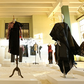 """The Silk Story—2018 International Fashion Art Exhibition"" Reproduces the Charm of Fashion Art"