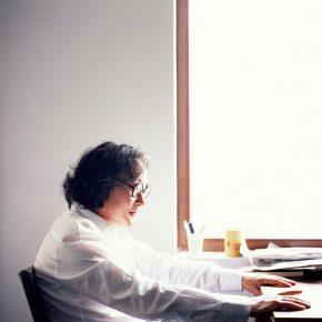"""01 2011.6 Xu Bing Photo by Xuan Chanxiong 290x290 - """"Xu Bing"""": The Art View and Action Logic of a Fatalist"""