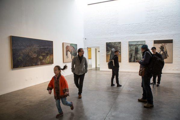 Exhibition View of Nashunbatu Solo Exhibition 02 598x399 - Pékin Fine Arts showcases Nashunbatu's new works in Beijing