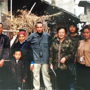 "27 In 2003 in order to film a documentary for the application of intangible cultural heritage for Chinese paper cut Qiao Xiaoguang and Zhu Jingjiang were accompanied by Yu Weiren to go to the M 290x290 - Keep Watching and Cultivating Ethnic Art: Book Launch of the First Volume of ""The Civilization of Paper in Villages"" Edited by Prof. Qiao Xiaoguang"