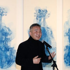 03 Huang Huasan Professor from the College of Arts at Renmin University of China and Director of the Art Museum of the College of Arts at Renmin University of China delivered a speech 290x290 - The Freedom Games Related to the Visual: Times – New Works by Li Tingting