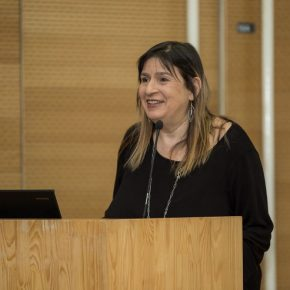 """01 Prof. Barbara Pollack from the School of Visual Arts in New York gave a lecture 290x290 - Barbara Pollack: """"Post-Passport, Post-Human: New Identities in Contemporary Art"""""""