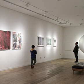 "Spiritual Communications between the Artists and Viewers: The ""Abstract Youth"" Opened in Beijing"
