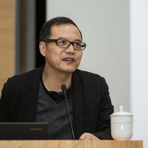 """02 Prof. Wang Chunchen hosted the lecture 290x290 - Barbara Pollack: """"Post-Passport, Post-Human: New Identities in Contemporary Art"""""""