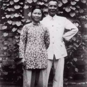 10 In 1972 a group photo of Dong Xiwen who had received chemotherapy and his family in Dayabao Hutong 290x290 - Wu Hongliang: Xu Beihong andNo. 2A Dayabao Hutong