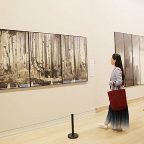 """Urban Landscapes Presented in Ink Paintings: """"Ink Art – Wong Hau Kwei"""" Debuted at the National Art Museum of China"""