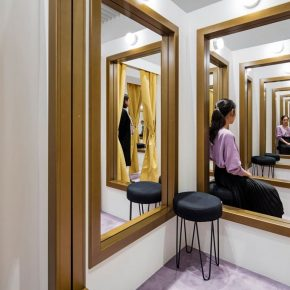 """02 Leandro Erlich Changing Rooms 2008 Wood golden frames mirrors stools curtains and lights Variable Photo by Hasegawa Kenta 290x290 - HOW Art Museum presents """"Construction of Reality"""" featuring work by Argentine artist Leandro Erlich"""