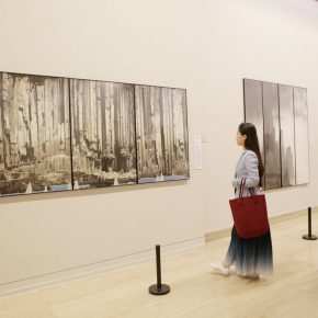 "10 Installation view of the exhibition 2 290x290 - Urban Landscapes Presented in Ink Paintings: ""Ink Art – Wong Hau Kwei"" Debuted at the National Art Museum of China"