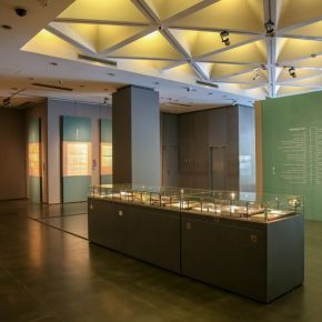 "14 Installation view of the exhibition 2 290x290 - ""Searching for Treasures from History – Art Historian Li Song's Scholarships and Collections"" was launched"