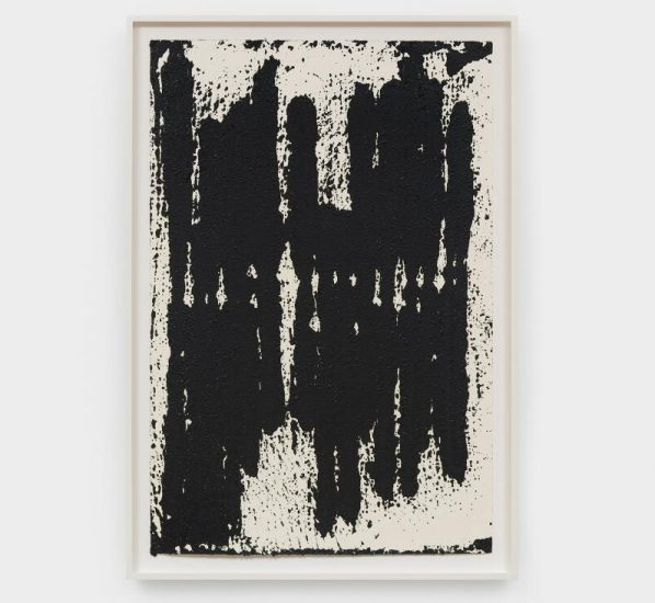 featured image of Richard Serra 598x550 - David Zwirner presents Richard Serra's solo exhibition featuring his new drawings in Hong Kong