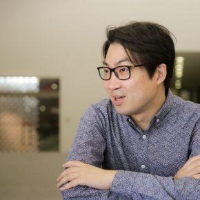 02 Chen Weiping was interviewed 290x290 - Wang Jie & Chen Weiping: Designers of the CAFA Centennial Celebration Logo