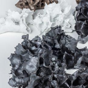 """Space Deconstruction 10 2018. Porcelain fire to 1300C gas reduction 7 pieces. 290x290 - Taoxichuan Ceramic Art Avenue Art Gallery presents Renqian Yang's exhibition """"Construct Deconstruction"""""""