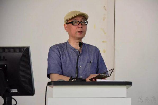 02 The host Professor Li Jun Associate Dean of the School of Humanities of CAFA 598x399 - Gong Yushu: Behind the Cuneiform Literature — a case study of Enmerkar and the Lord of Aratta