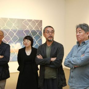 06 Zhang Xiaogang Left one Sui Jianguo Right two and Tan Ping Right one composed of the jury for the review and visited the show ahead of the activity in September 2018 290x290 - 2018 Wang Shikuo Award Announced Artist Zheng Da Won the Grand Prize