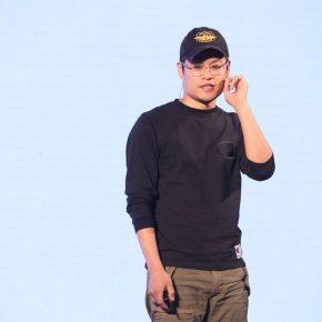 20 Artist Zang Kunkun was demonstrating 290x290 - 2018 Wang Shikuo Award Announced Artist Zheng Da Won the Grand Prize