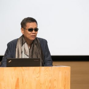 "02 The well known architectural critic Wang Mingxian delivered a speech 290x290 - ""Trace of Mind: Zhang Baowei Solo Painting Exhibition"" opened at CAFA Art Museum"