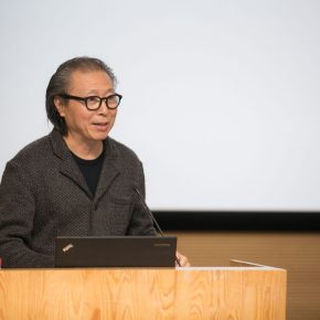 "06 Dean of School of Architecture CAFA Zhu Pei hosted the opening ceremony 290x290 - ""Trace of Mind: Zhang Baowei Solo Painting Exhibition"" opened at CAFA Art Museum"