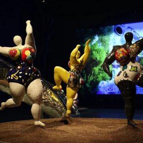 Niki de Saint Phalle, Trois Graces fontaine(1999)