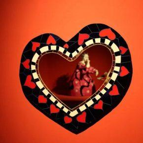 Niki de Saint Phalle, Heart Mirror