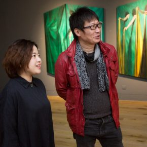 Curator Zhu Li and Professor Liu Shangying from the CAFA Department of Oil Painting