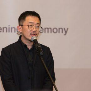 Curator Liu Libin made a speech at the opening