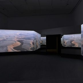 Doug Aitken, NEW ERA, 2018; Video-installation, 10 min 56 sec. loop; still