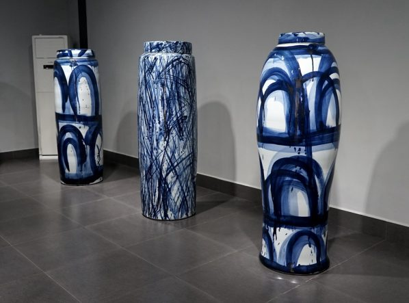 06 Felicity Aylieff's Porcelain Works 598x443 - Nature in Wonderful Design ( Tian Wu Wen Xin ): Touching the traditions and contemporary expression of the blue and white porcelain culture